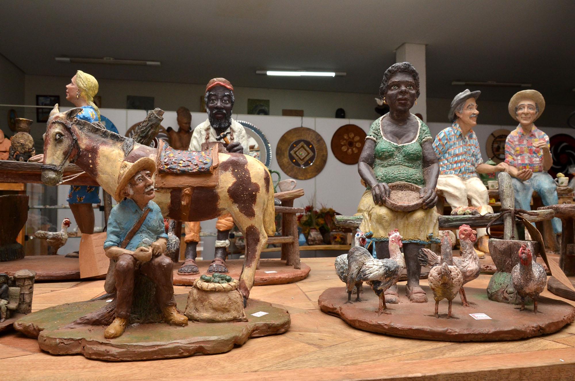 Portal Goiás - Mostra Artesanato traz cerâmicas de Carlos Antônio